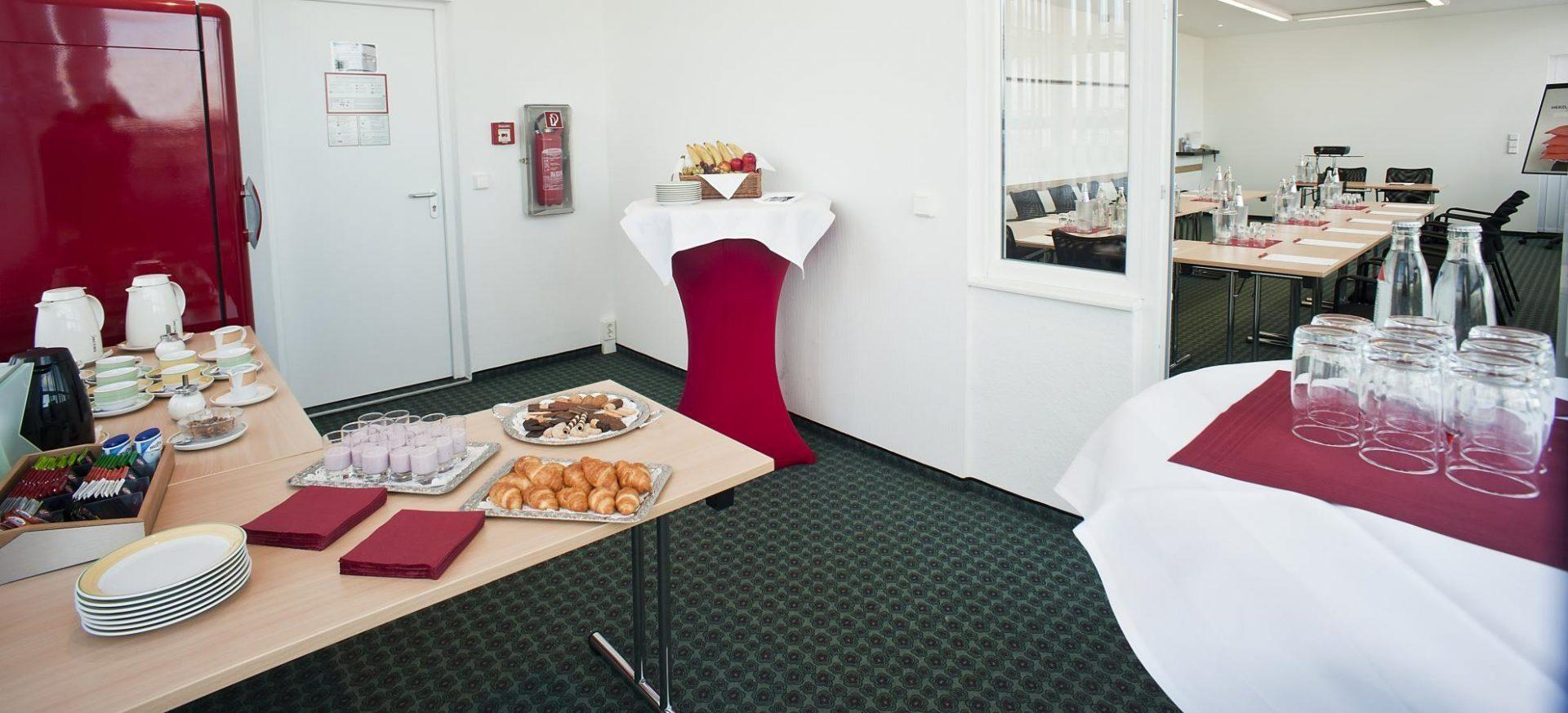 ibis-Hotels-Dresden-Tagungsraum-Meeting-room